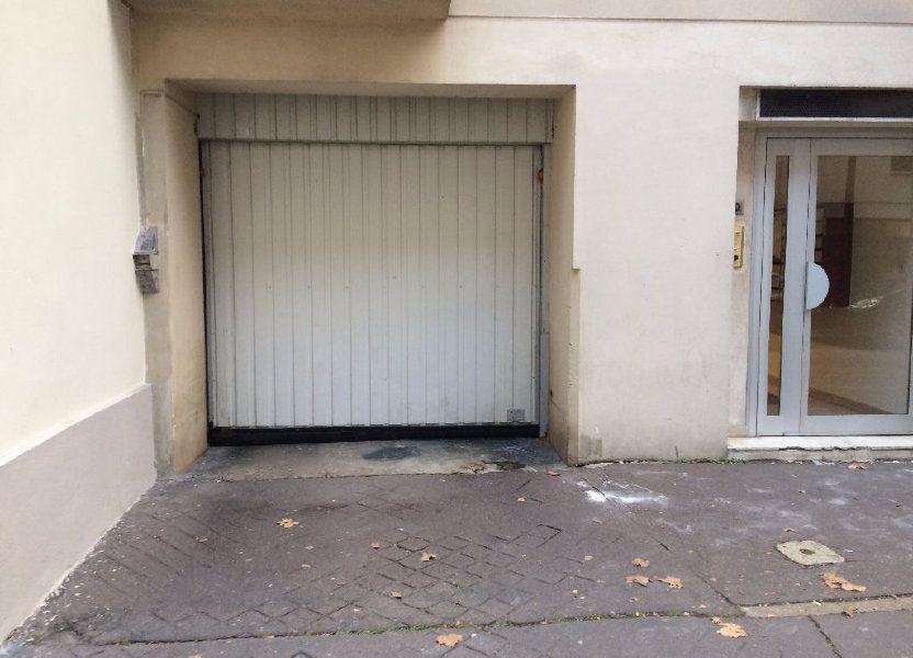 Stationnement à louer 0m2 à Paris 14