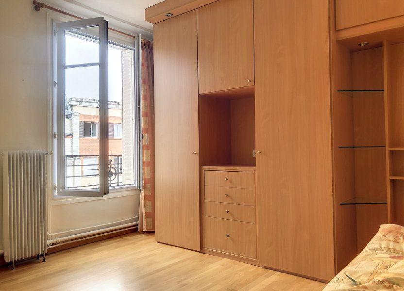 Appartement à louer 23m2 à Paris 14