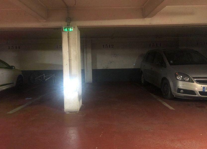 Stationnement à louer 0m2 à Paris 10