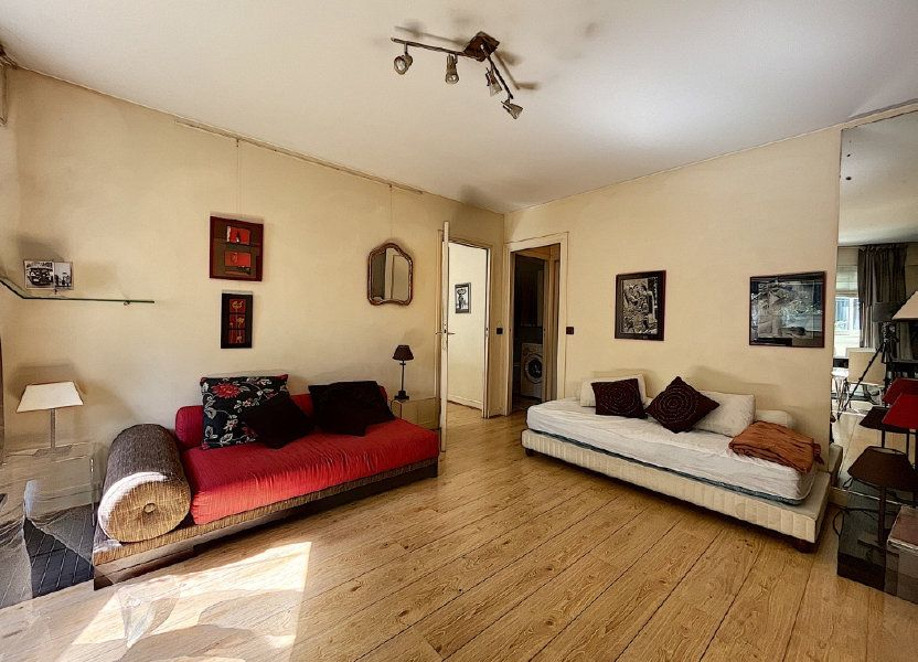 Appartement à louer 46.79m2 à Paris 14