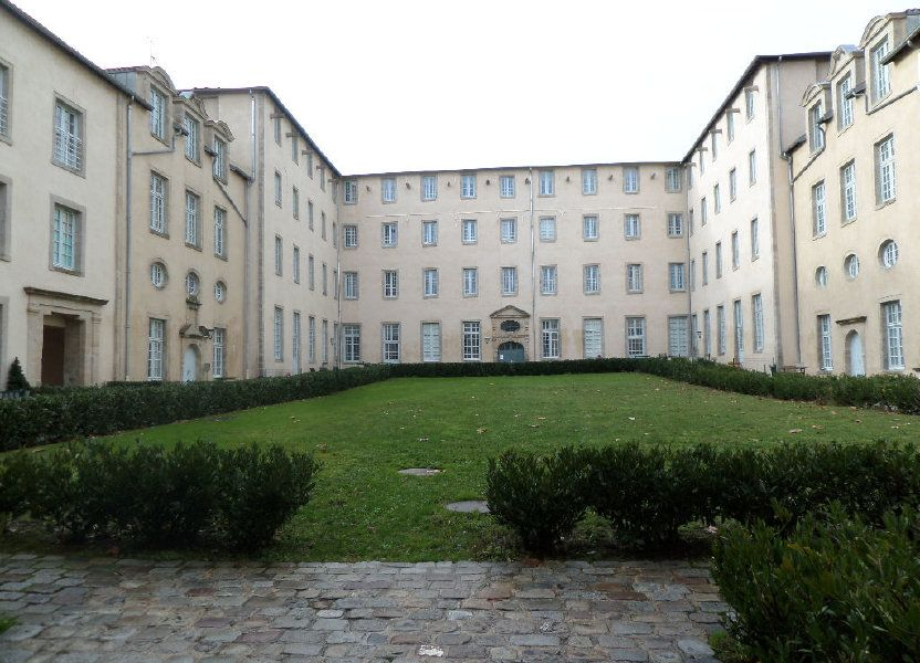 Appartement à louer 101m2 à Limoges