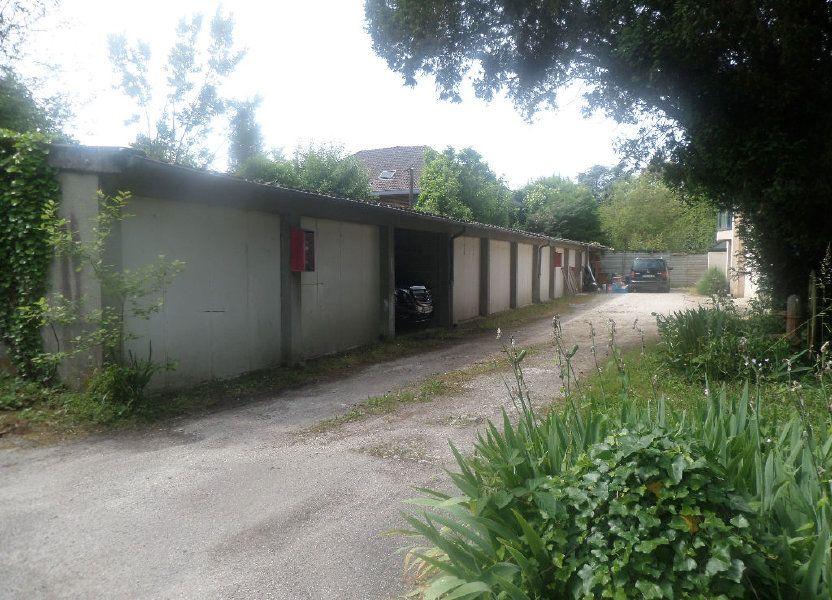 Stationnement à louer 12m2 à Limoges