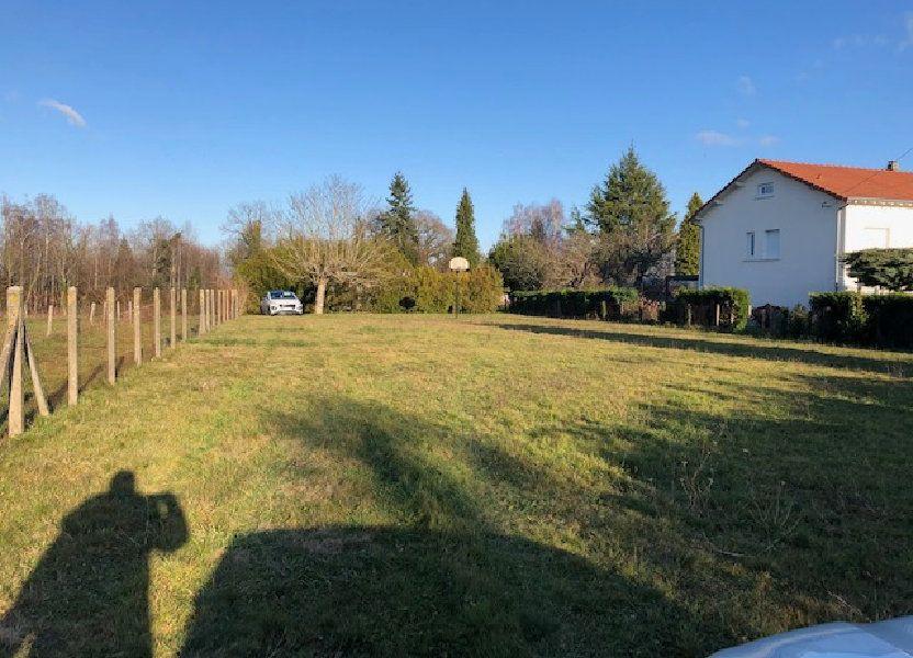 Terrain à vendre 1700m2 à Oradour-sur-Vayres