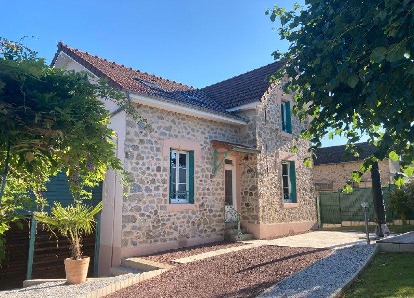 Maison à louer 105m2 à Eyjeaux