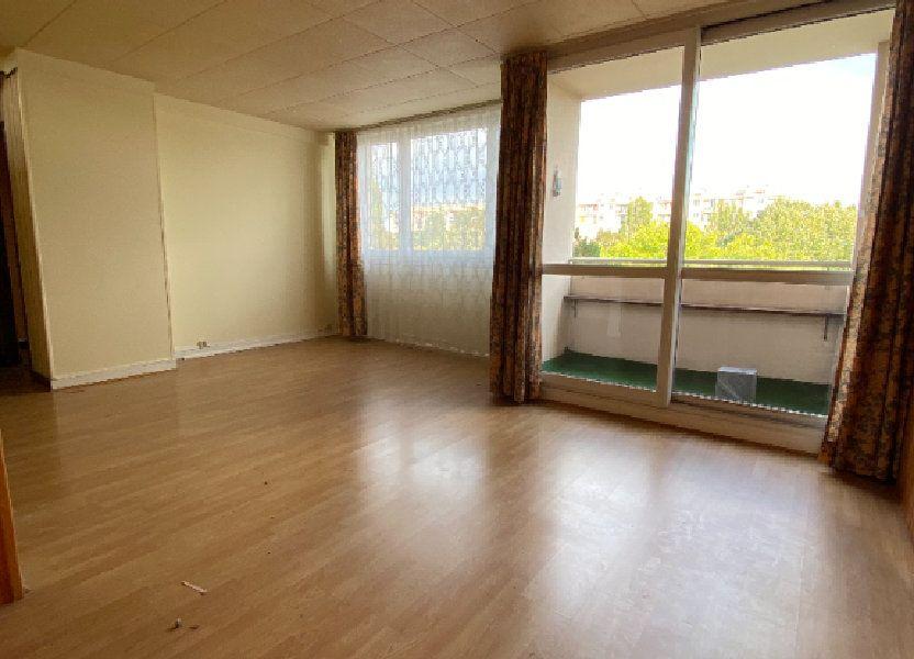 Appartement à louer 68.3m2 à Fresnes