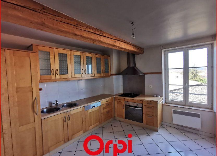 Appartement à vendre 75m2 à Saint-Beauzire