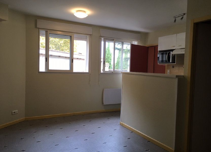 Appartement à louer 24.25m2 à Pomarez
