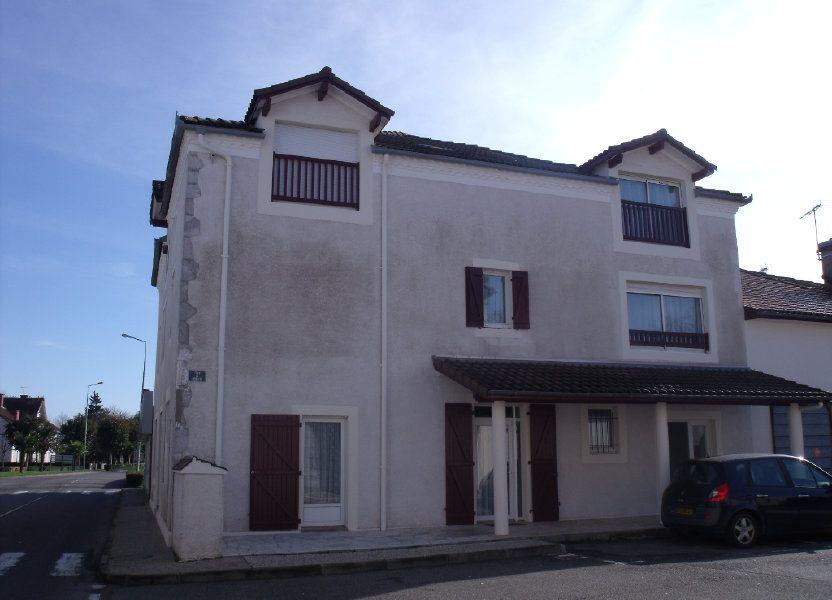 Appartement à louer 56m2 à Pomarez