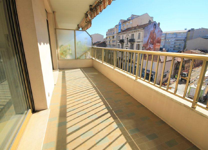 Appartement à louer 35.41m2 à Cannes