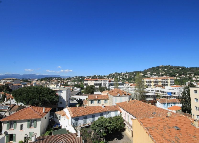 Appartement à louer 39m2 à Cannes
