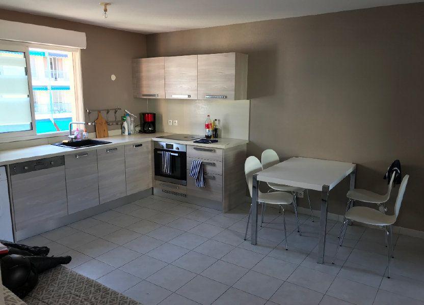 Appartement à louer 61.58m2 à Juan-les-Pins - Antibes