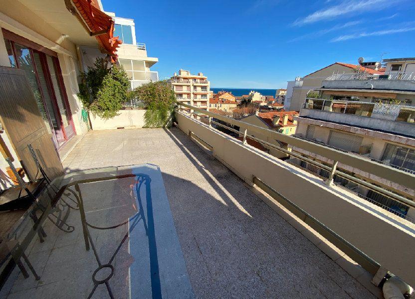 Appartement à louer 55.03m2 à Antibes