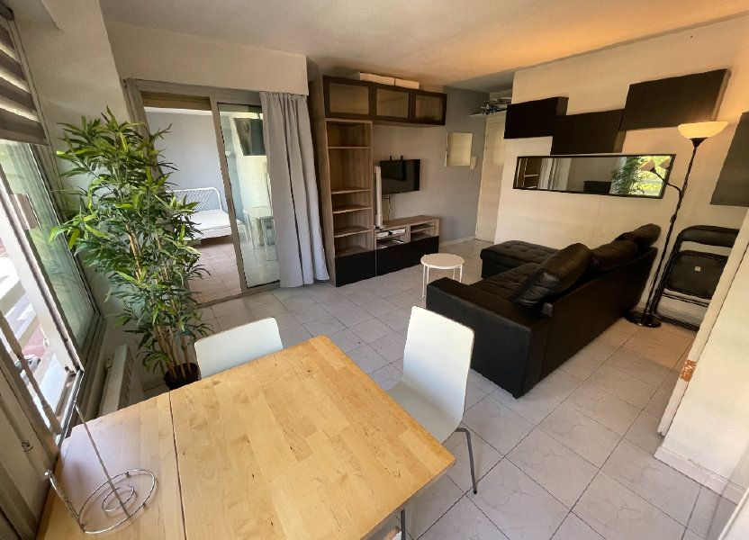 Appartement à louer 34.32m2 à Juan-les-Pins - Antibes