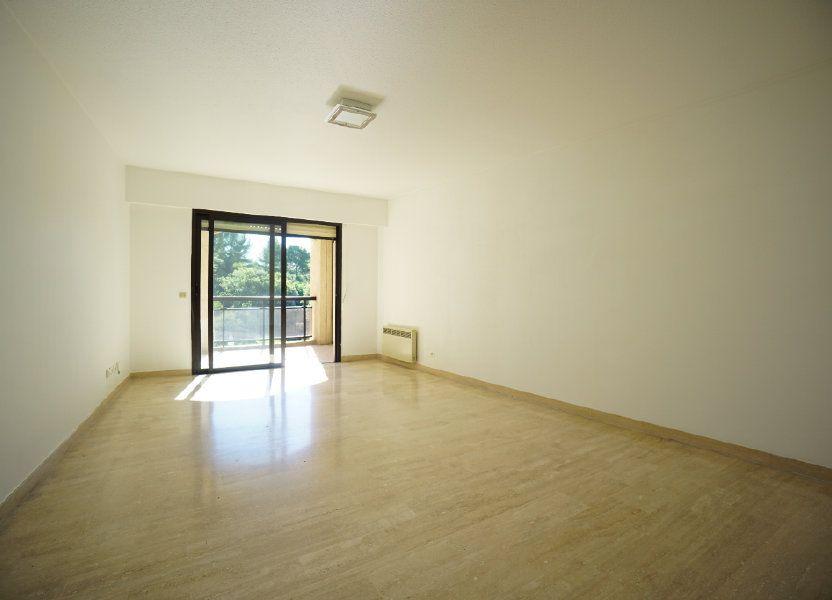 Appartement à louer 65.42m2 à Mougins