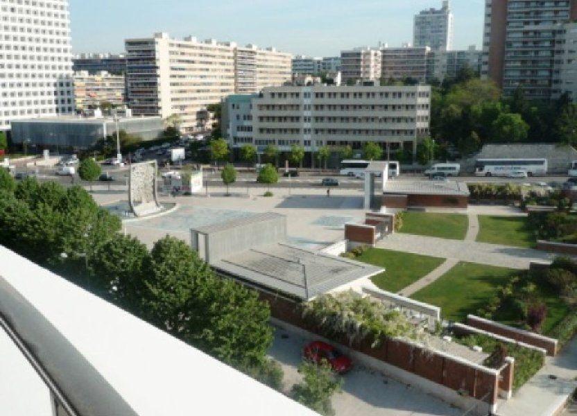 Appartement à louer 72.83m2 à Marseille 8