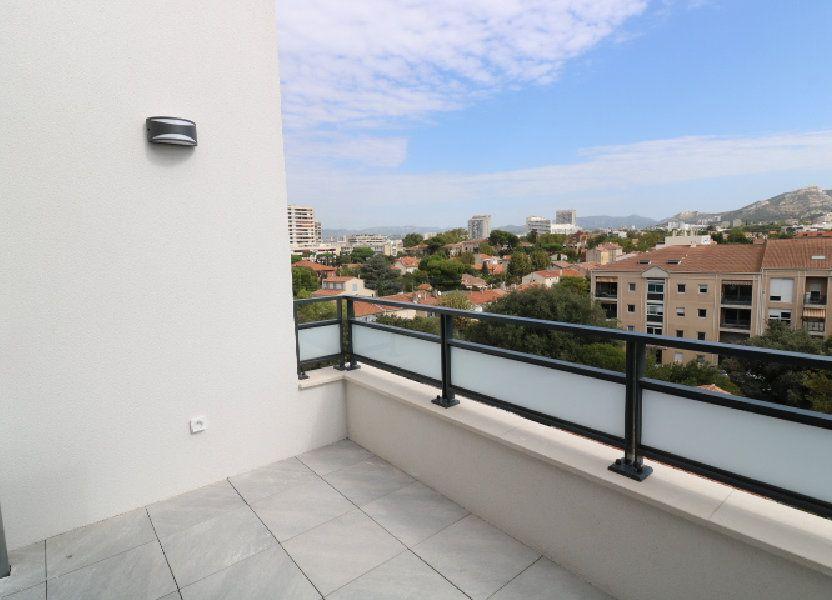 Appartement à louer 68.3m2 à Marseille 8