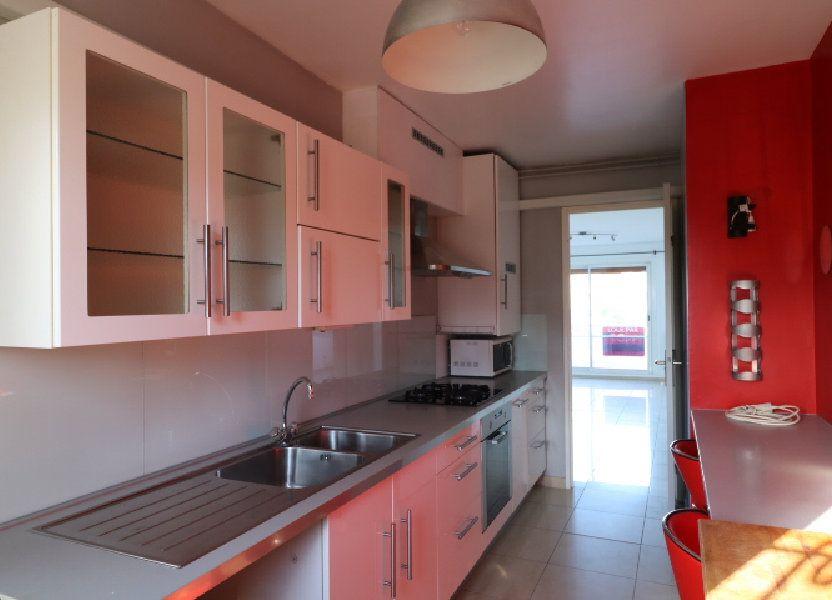 Appartement à louer 60.25m2 à Marseille 8