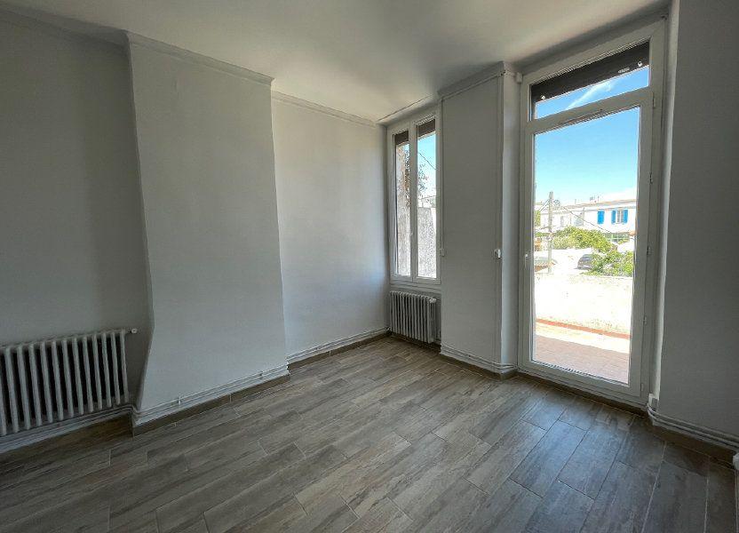Appartement à louer 42.15m2 à Marseille 8