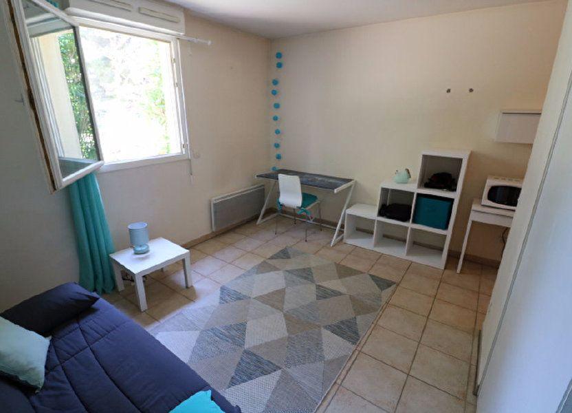 Appartement à louer 21.1m2 à Marseille 9