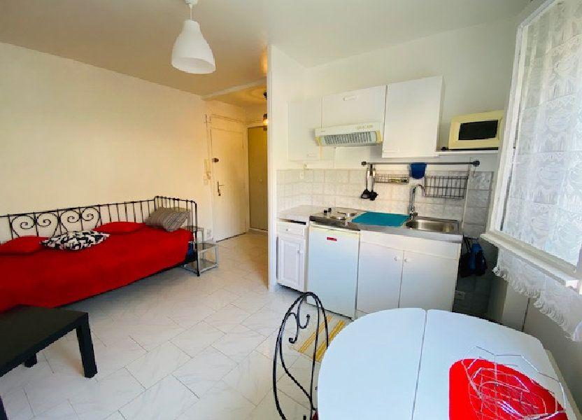 Appartement à louer 18m2 à Marseille 9