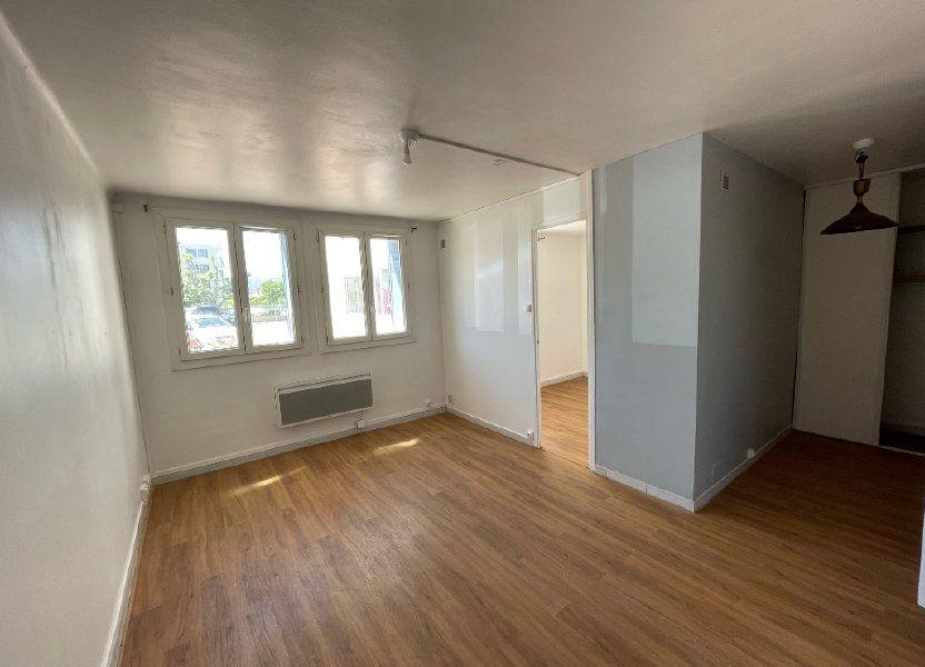 Appartement à louer 38m2 à Marseille 8