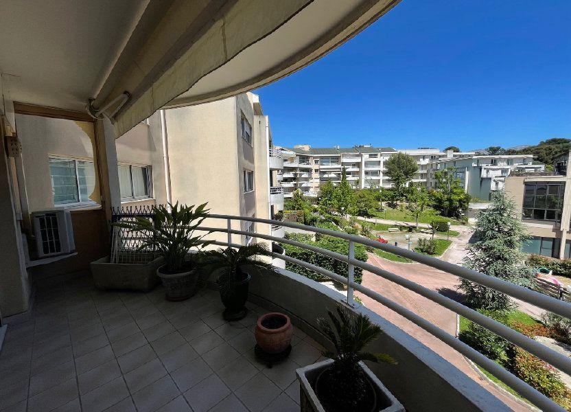 Appartement à louer 52m2 à Marseille 8