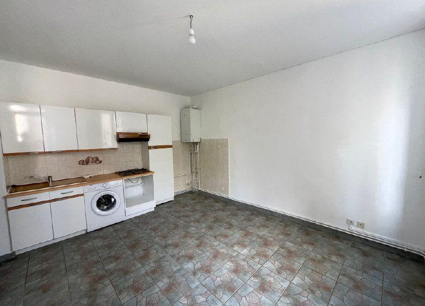 Appartement à louer 27m2 à Marseille 10
