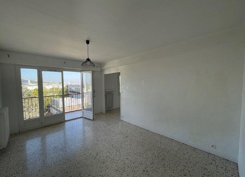 Appartement à louer 71.51m2 à Marseille 8