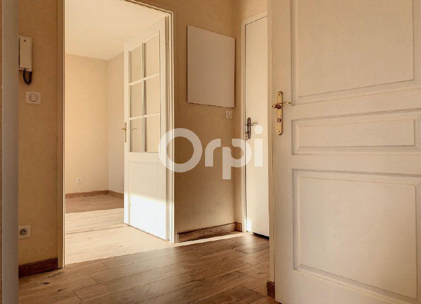 Appartement à louer 48.68m2 à Saint-Jean-de-la-Ruelle