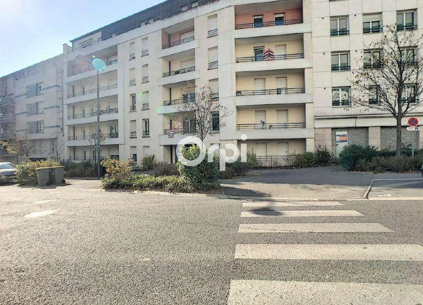 Appartement à louer 63.65m2 à Orléans