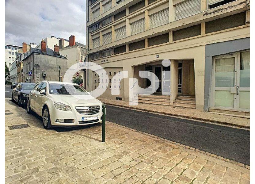 Stationnement à louer 10m2 à Orléans