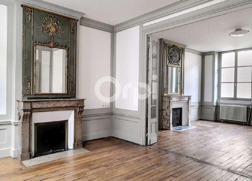 Appartement à louer 83.39m2 à Orléans