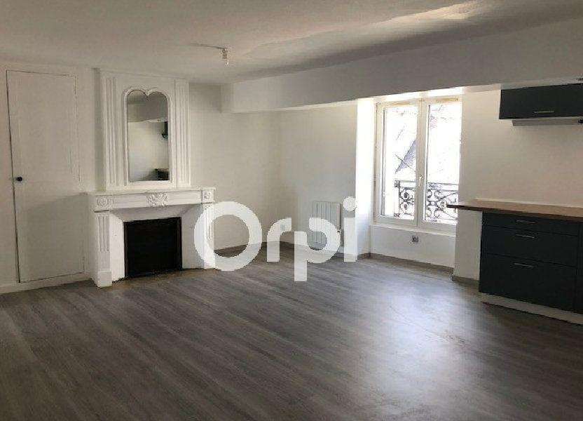 Appartement à louer 56.4m2 à Orléans