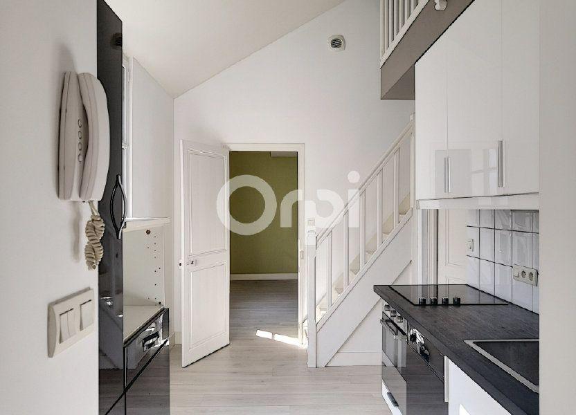 Appartement à louer 68.06m2 à Orléans