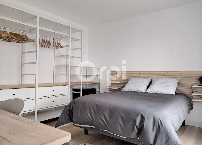 Appartement à louer 19.09m2 à Orléans