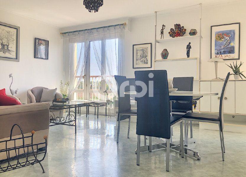 Appartement à louer 83.1m2 à Saint-Jean-de-la-Ruelle
