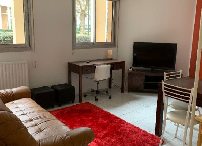 Appartement à louer 30.9m2 à Puteaux