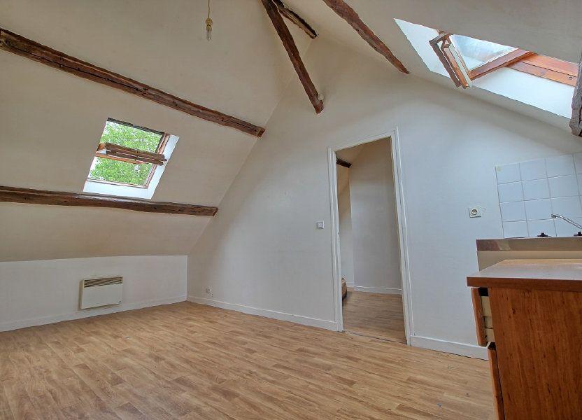 Appartement à louer 29m2 à Estrées-Saint-Denis