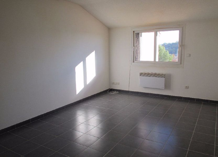Appartement à louer 65.56m2 à Forcalquier