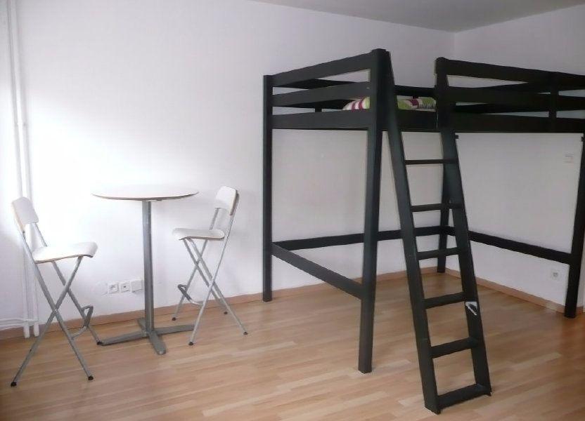 Appartement à louer 28.1m2 à Metz