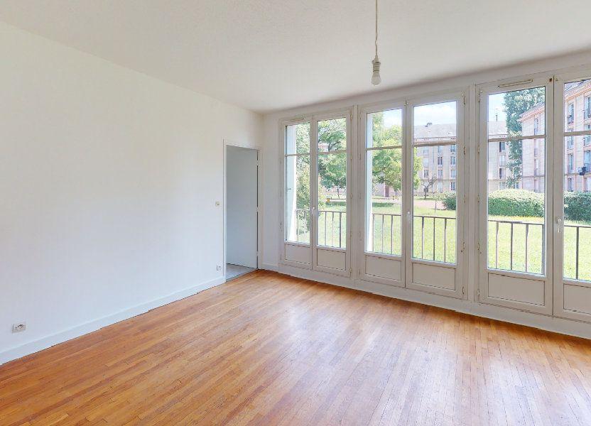 Appartement à louer 72m2 à Metz