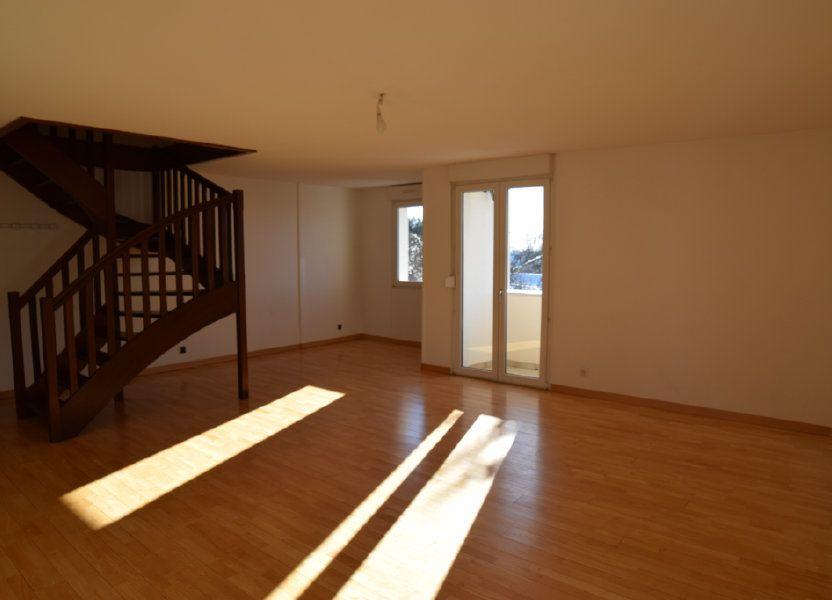 Appartement à louer 130.53m2 à Gex