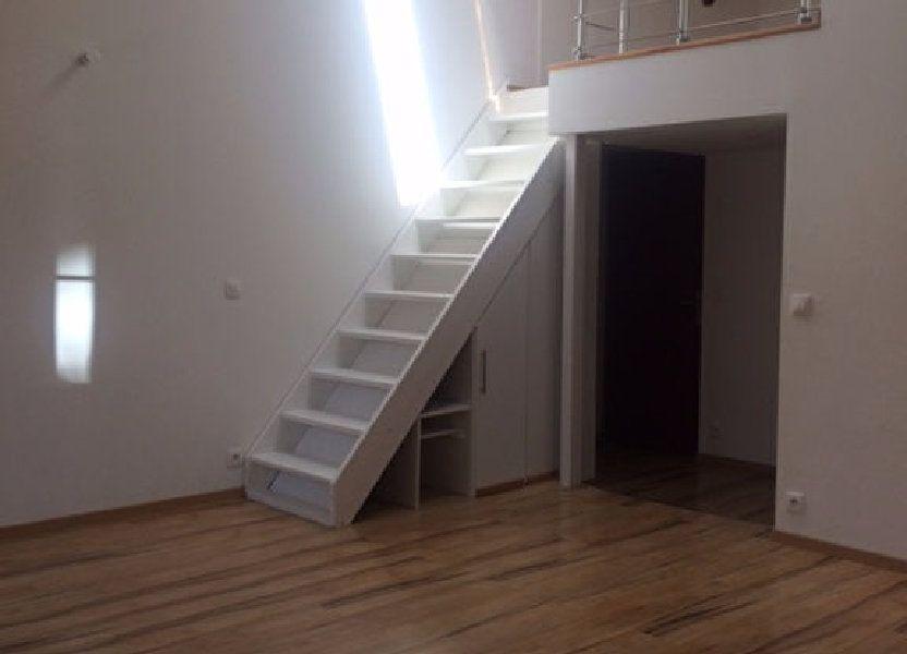 Appartement à louer 53.24m2 à Gex