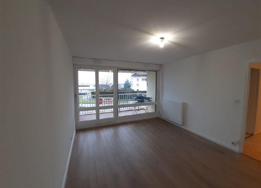 Appartement à louer 47.65m2 à Ornex