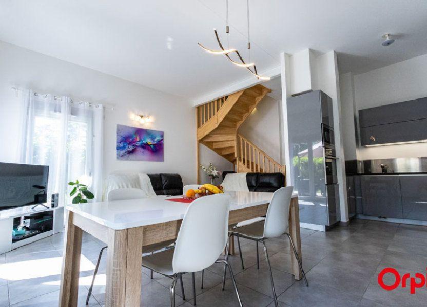 Appartement à vendre 106m2 à Saint-Julien-en-Genevois