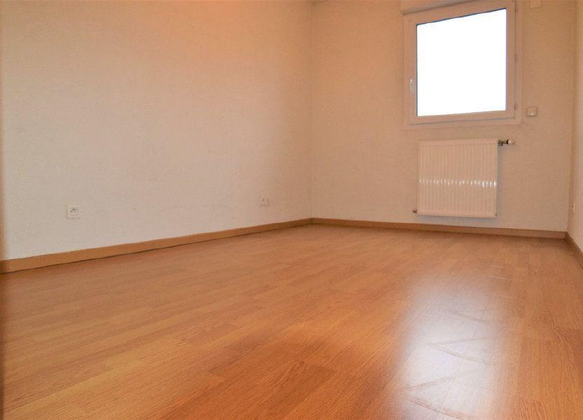 Appartement à louer 65m2 à Annemasse
