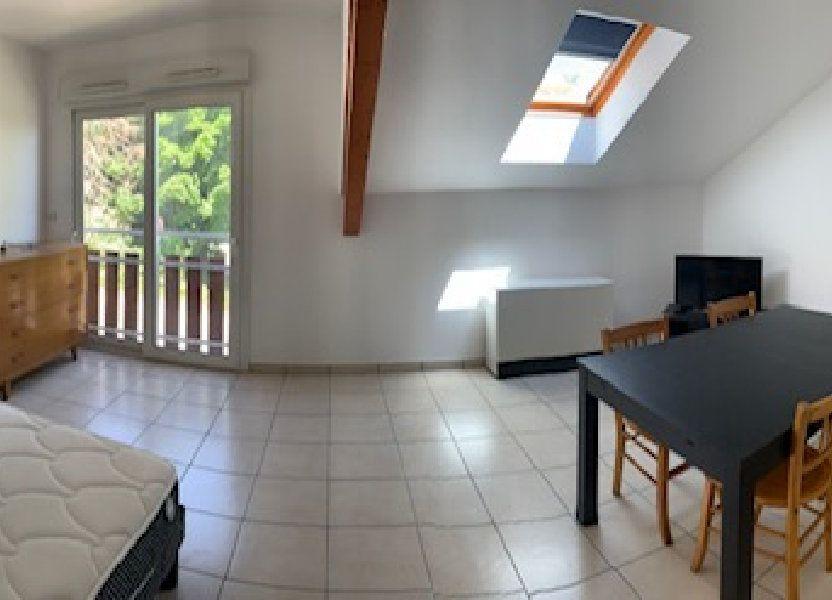 Appartement à louer 27.02m2 à Gex