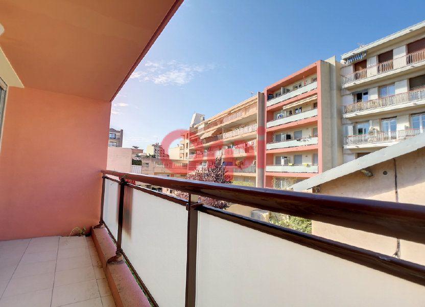 Appartement à louer 39.04m2 à Saint-Laurent-du-Var