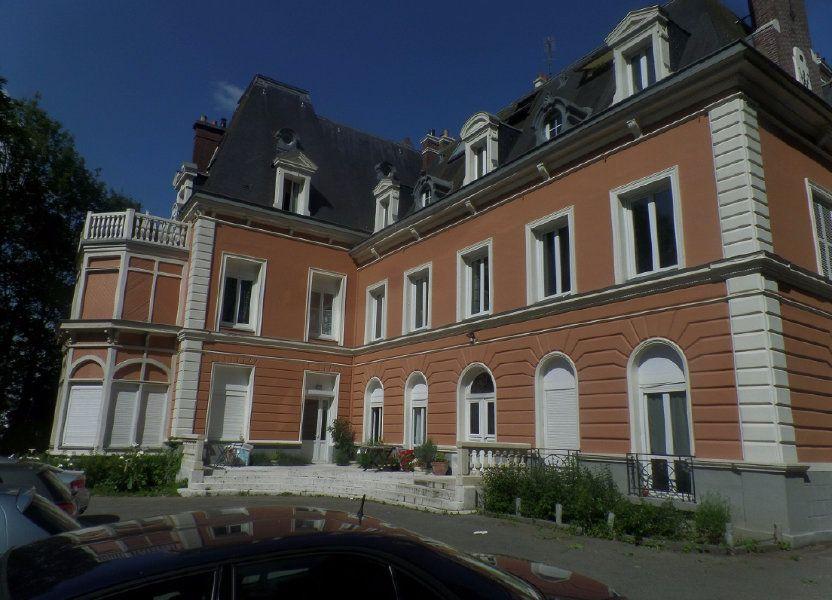Appartement à louer 83m2 à Saint-Léger-du-Bourg-Denis
