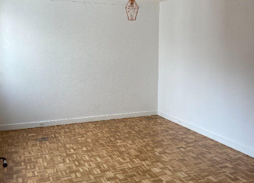 Appartement à louer 68m2 à Paris 20
